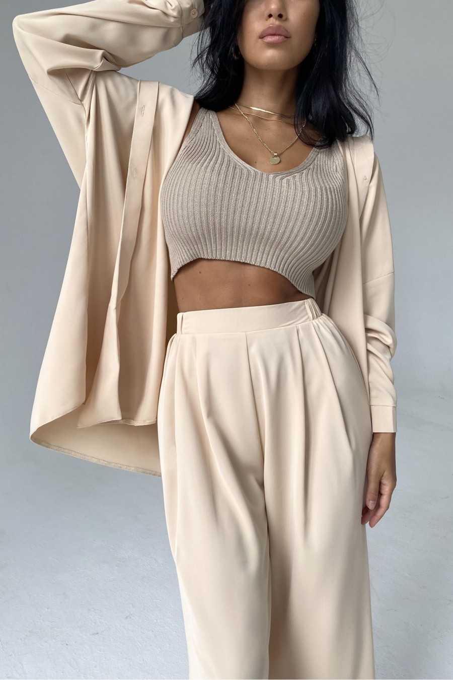 Straight blouse (beige)