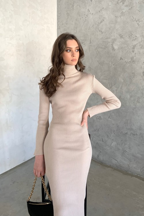 High neck knitted dress (beige)