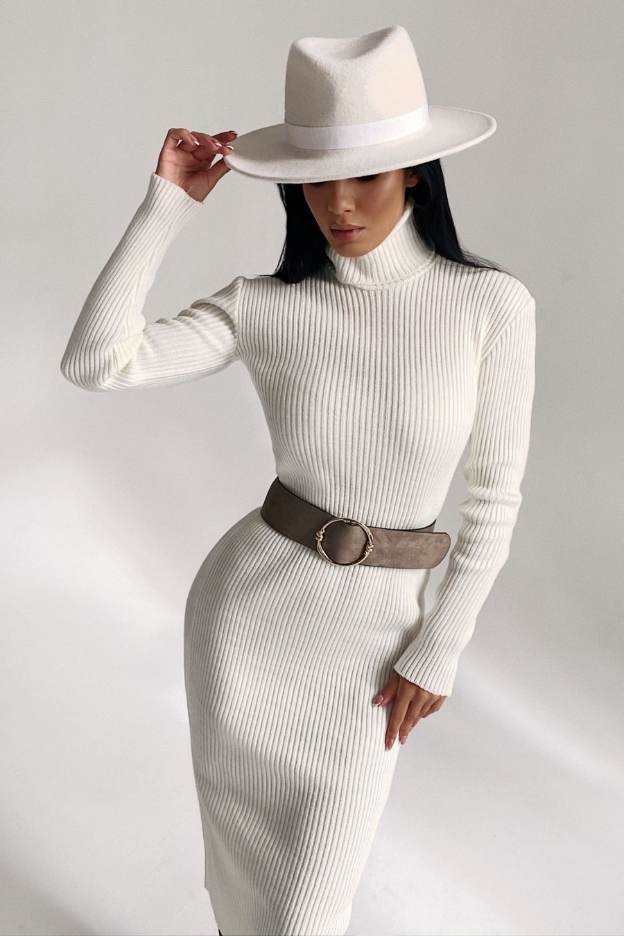 High neck knitted dress (white)