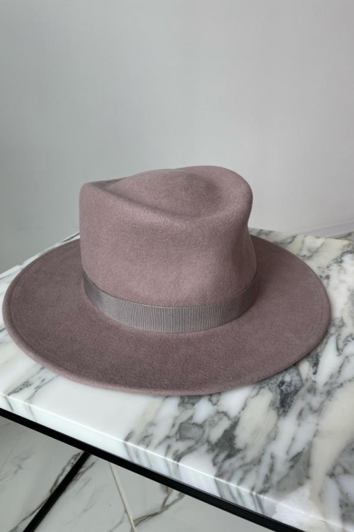 Hat (brown)