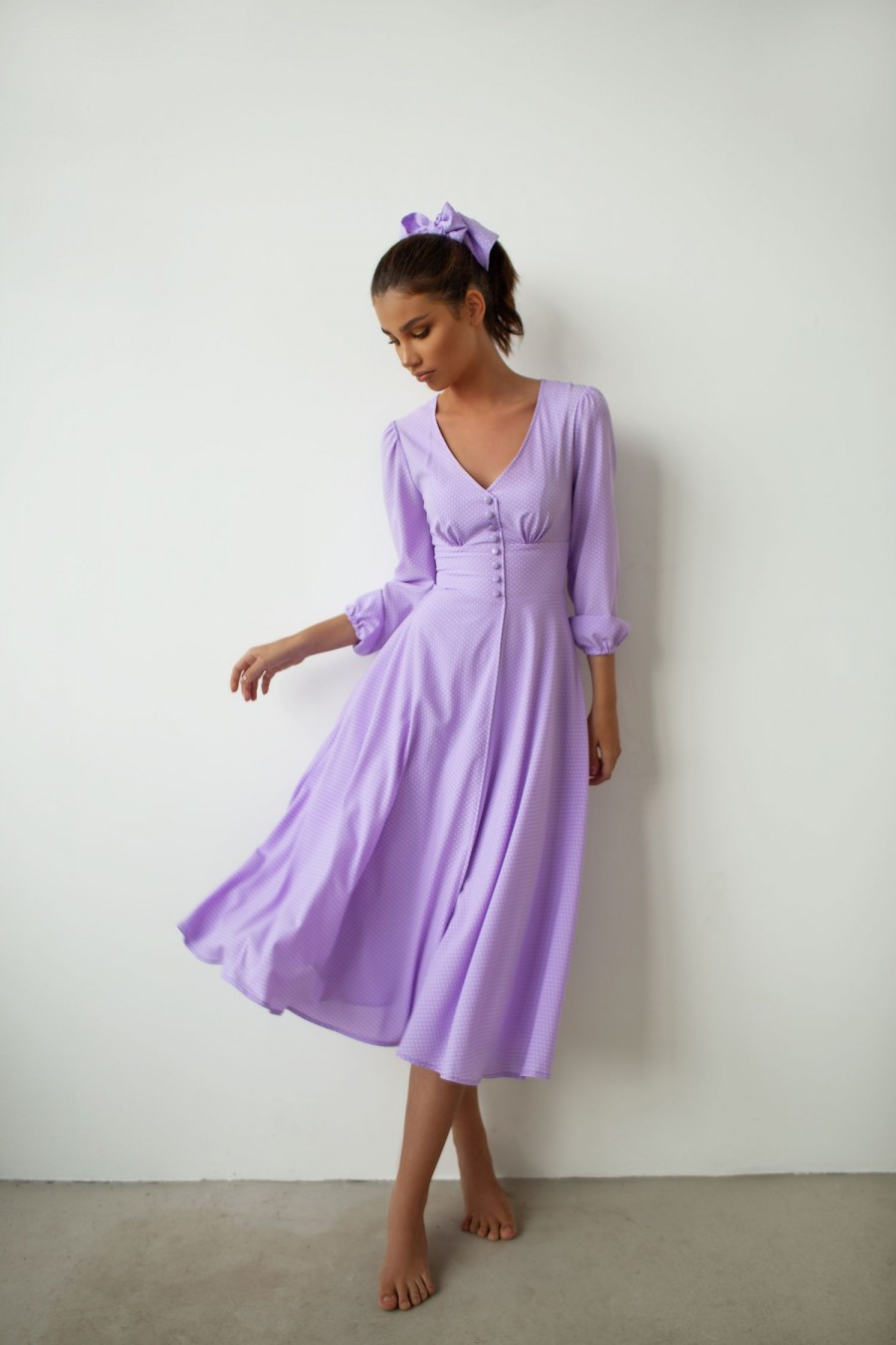 Midi polka dot dress with buttons (lavender)