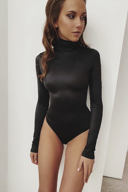 High neck body (black)
