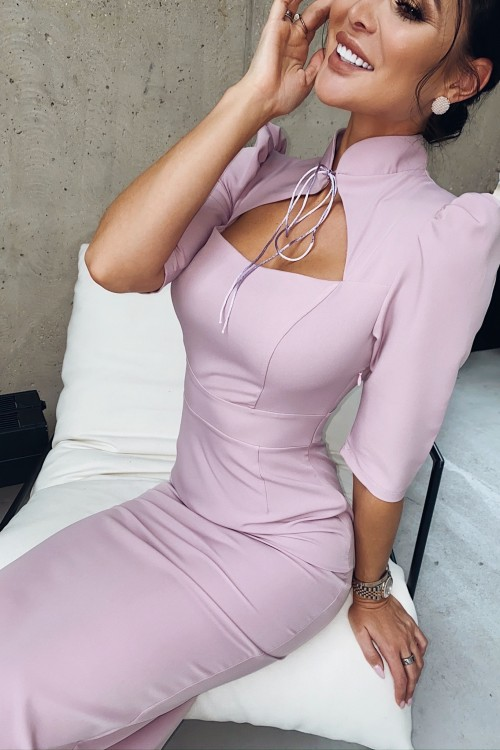 Sheath dress with ties (powder color)