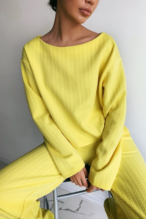 Textured sweatshirt (yellow)
