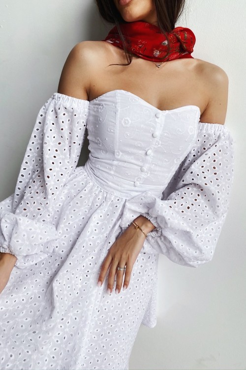 Off-shoulder sewing dress (white)